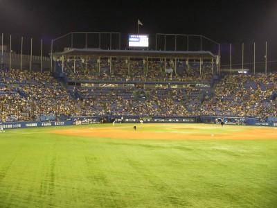 jingu_stadium.jpg